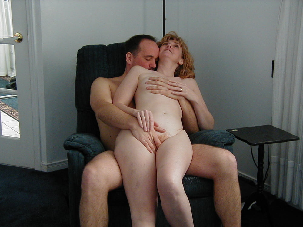 Live chat with a milf