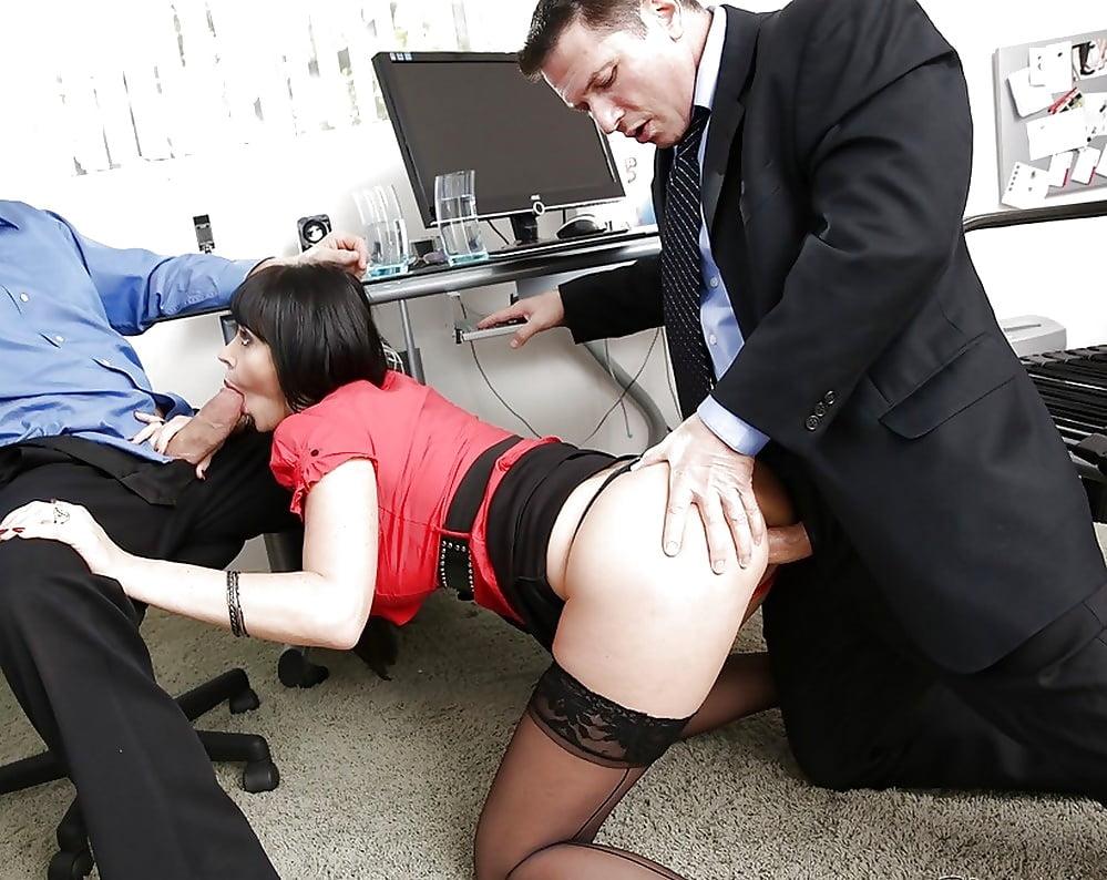 Секс В Офисе Рассказ