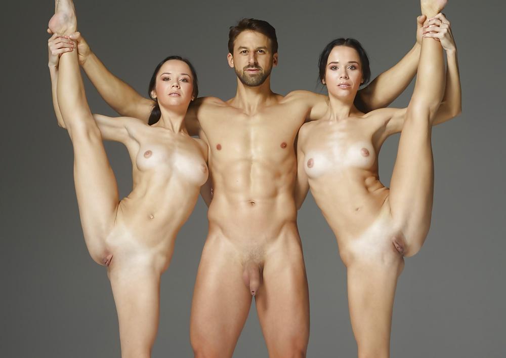 Танцы Голых Девушек Бесплатно
