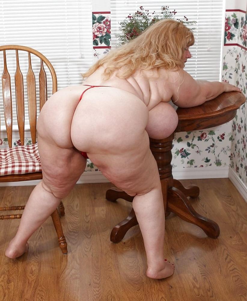 Curvy Sharon Com Ee Обнаженное Фото