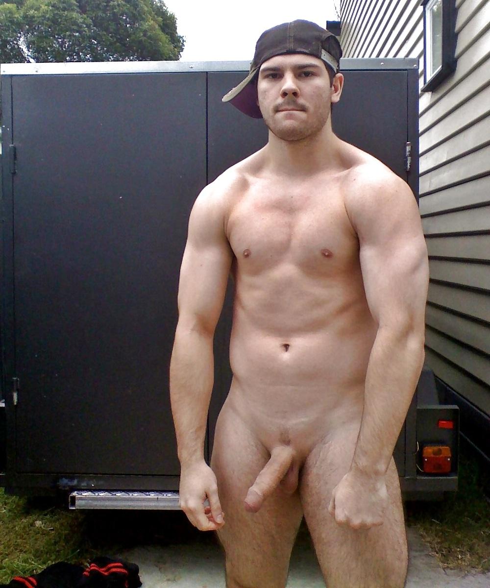 Men exhibitionists
