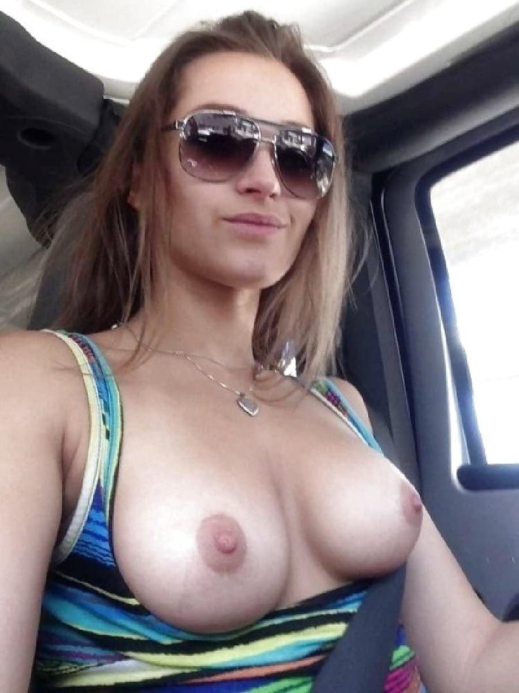 amateur petite nudes