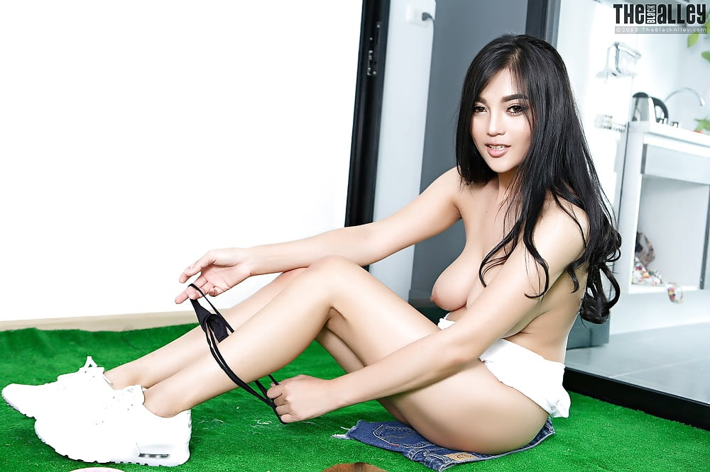 Theblackalley Babes Diana Lee Set Tbaxgirl Asian Booty Of The Day 1
