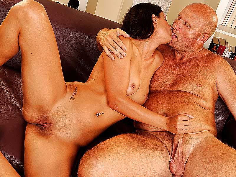Cute girl fucked hard with bbc while her boyfriend maked vedio