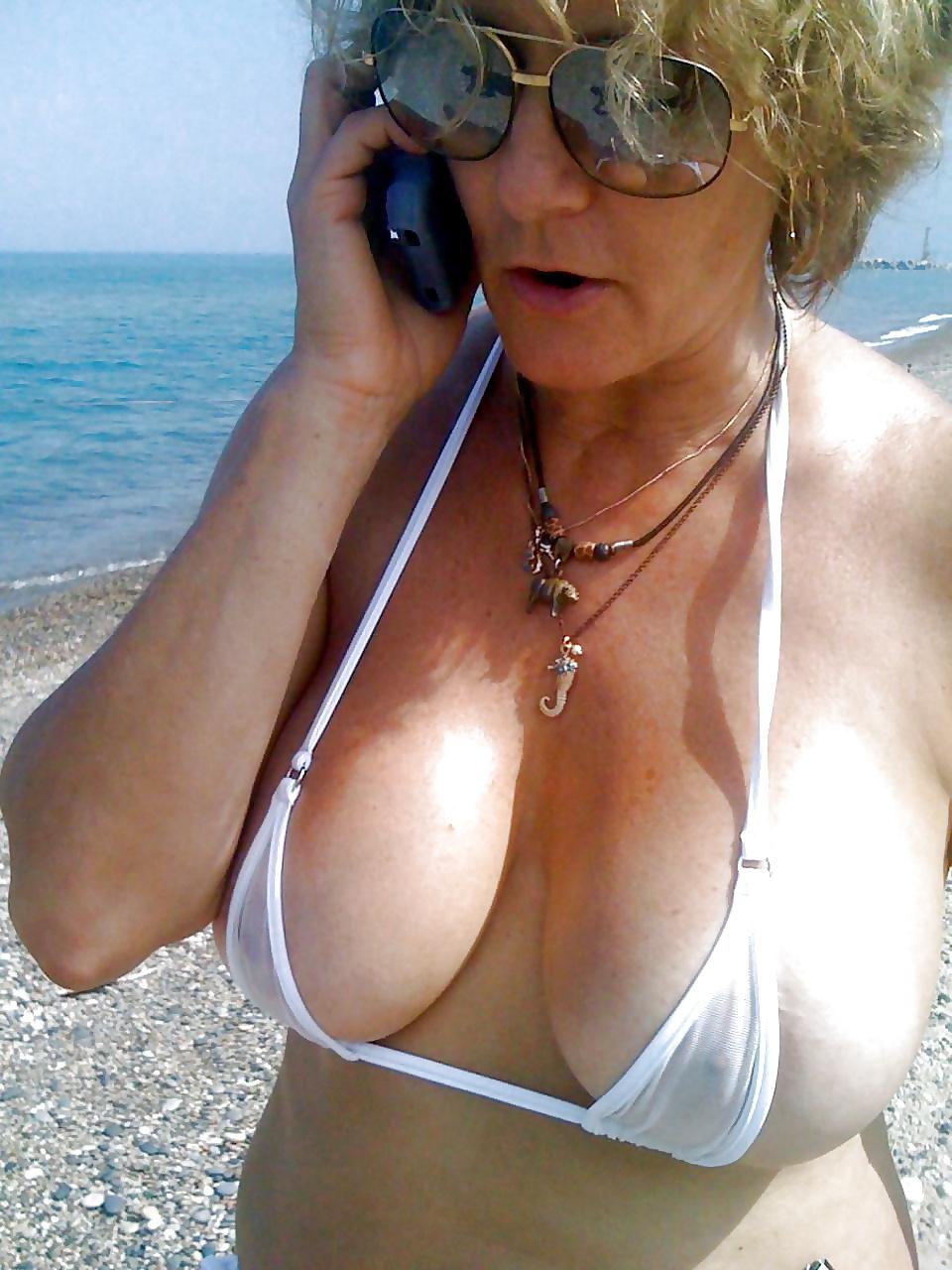 Hot granny tits bikini