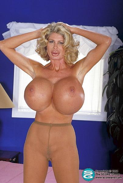Desnudo grande curvilínea peludo coño