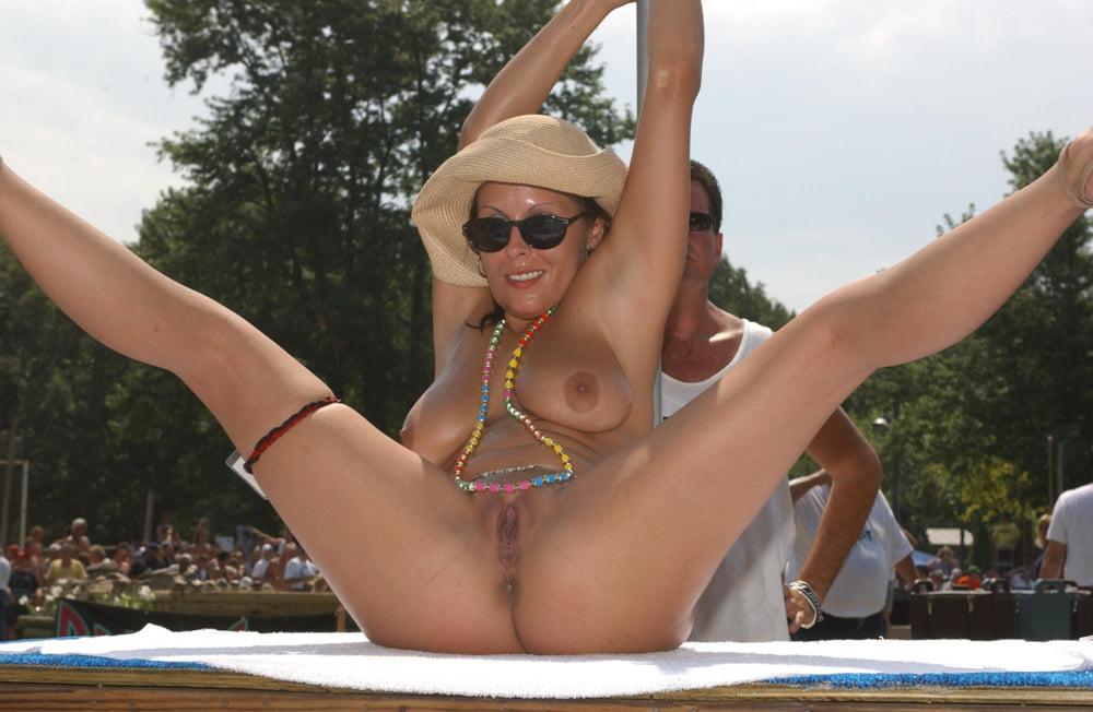 Free Pussy Poppin Porn Pics
