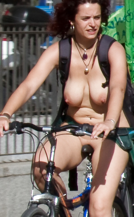 Pussy On Bike