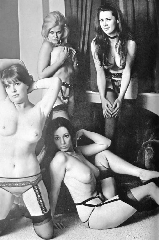 Retro Tits 60 - 10 Pics