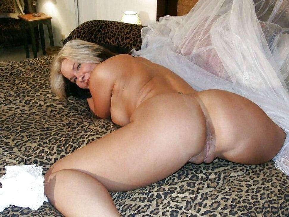 Girls taking big dick