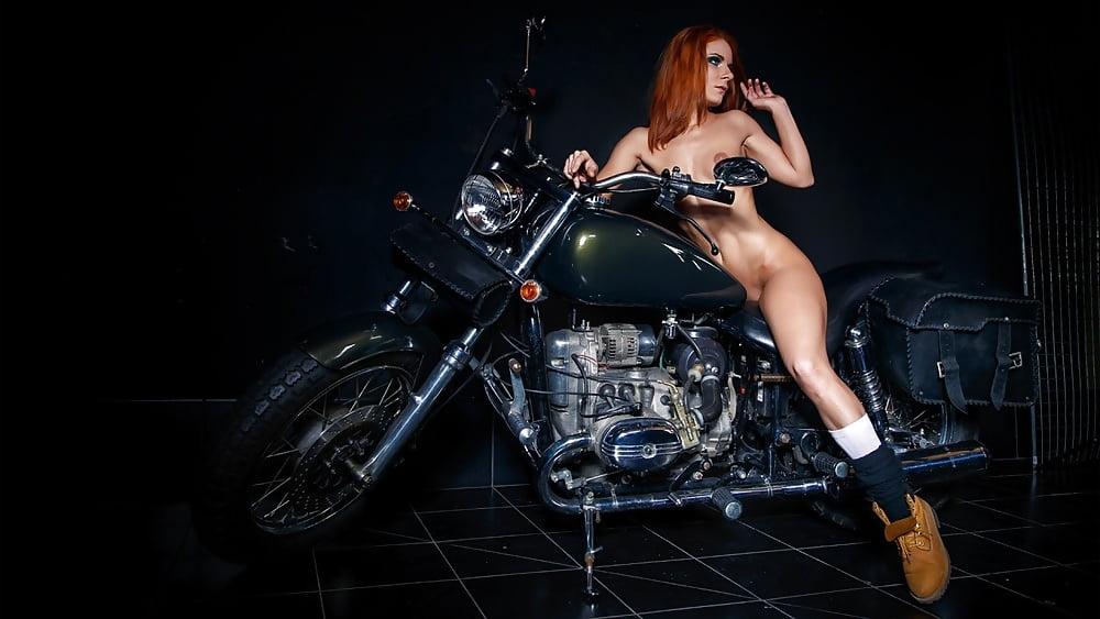 Babe bike xxx, sex aks porn star