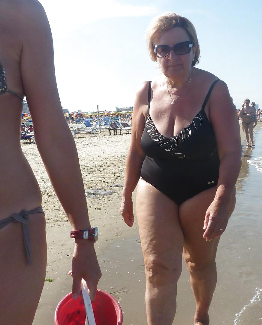 Beach mature sex 10
