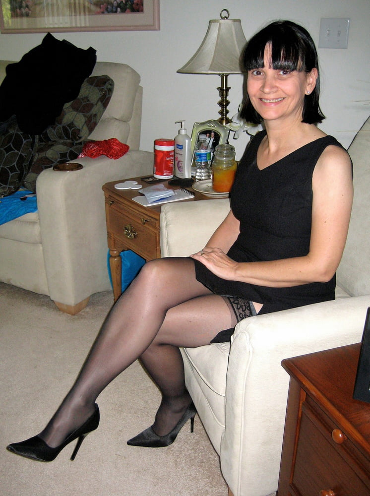 Free pics of my wife