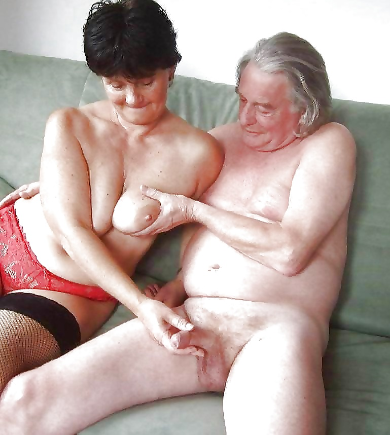 mature-alabama-couple