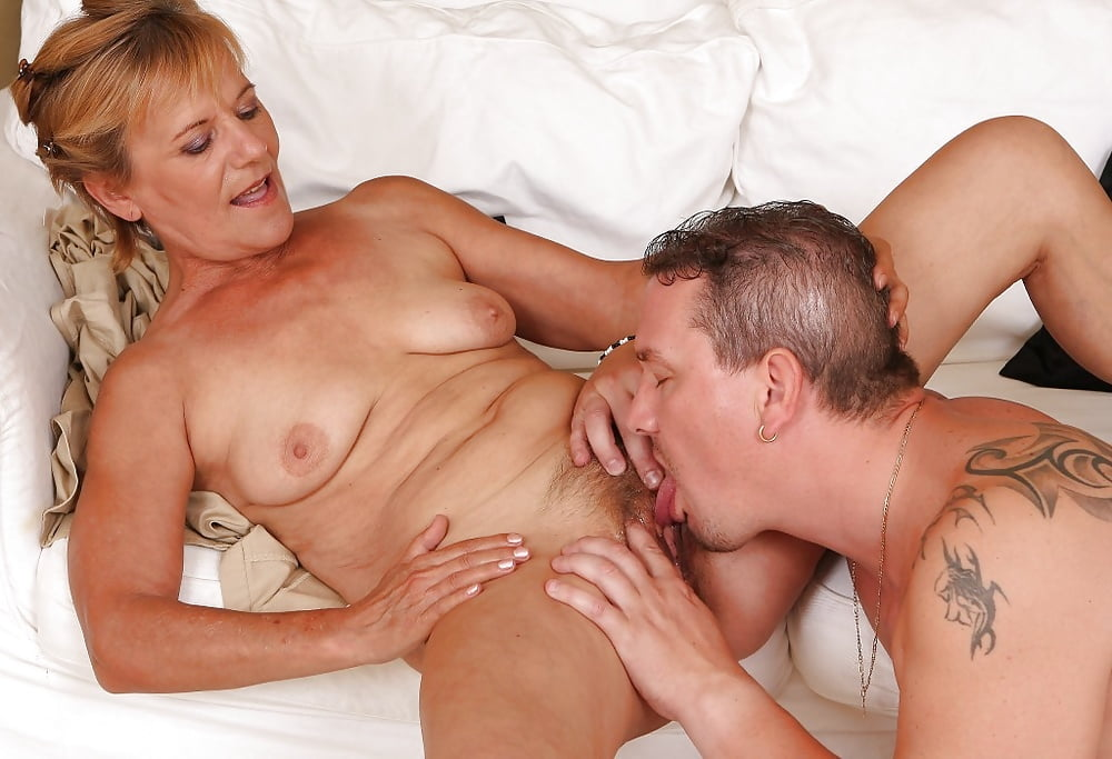 mature-milf-likes-younger-men
