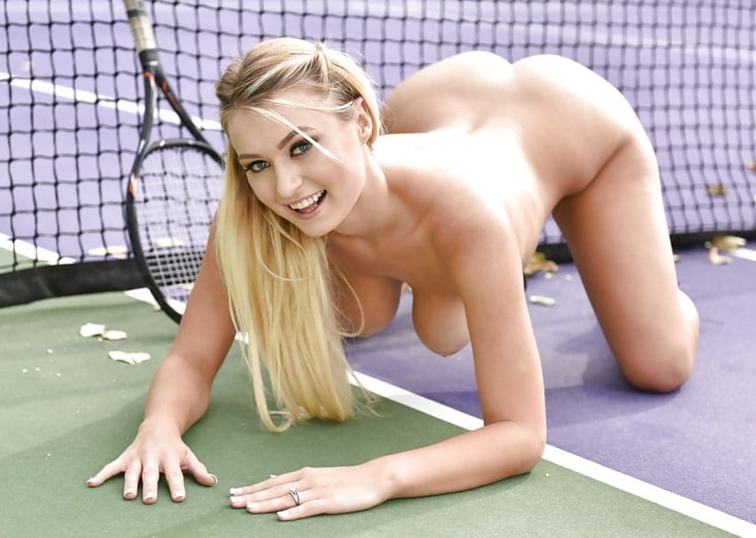 Hfemale tennis players in nude