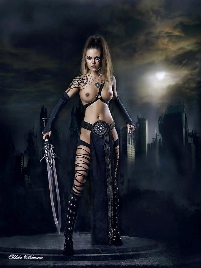 Эротика с мечами, фото секса с толстенькими