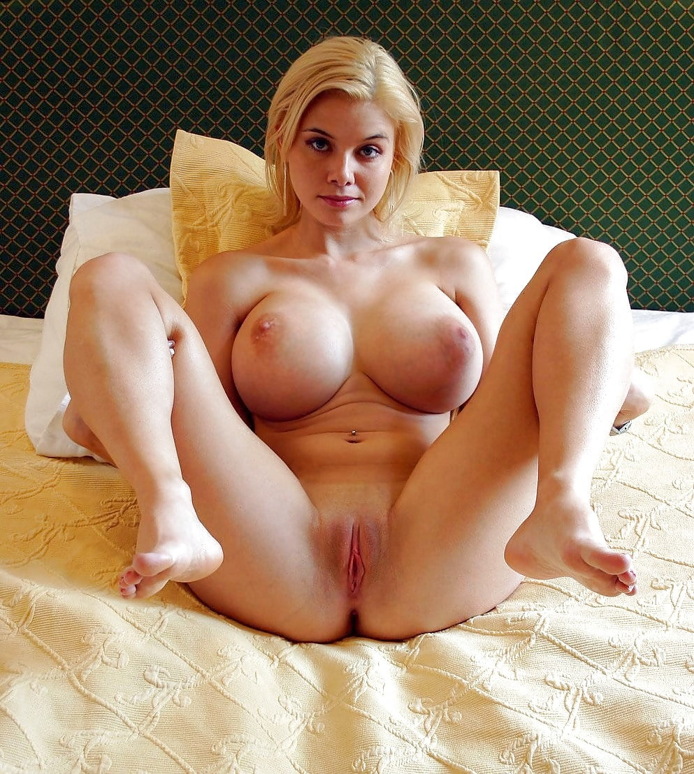 girls-arse-busty-blonde-naked-spreading-sex-movie-tube