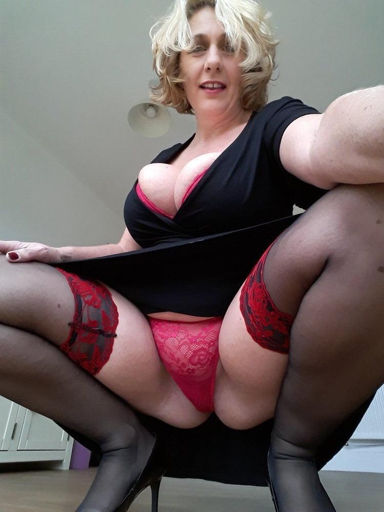 Mature Ladies Dressed But Sexy 145 - 50 Pics