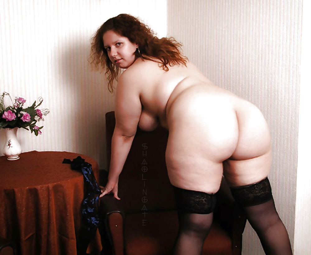 mature-woman-naked-huge-hips-pussy-to-guys-ass