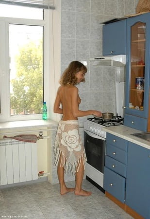 women naked in the kitchen