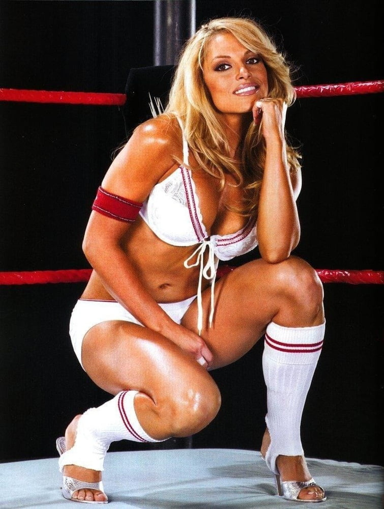 Trish stratus full length