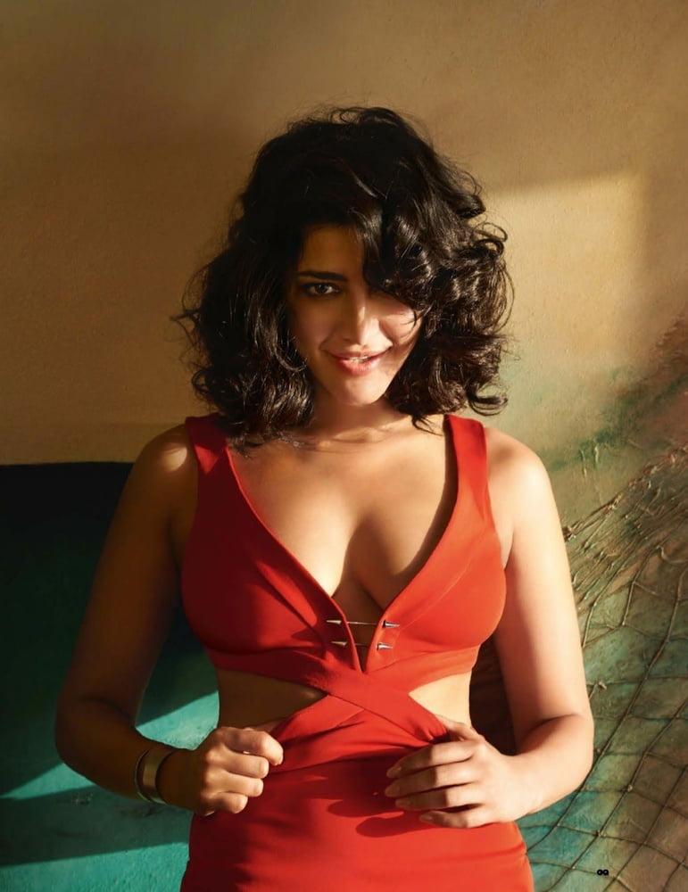 Shruti hassan open sex