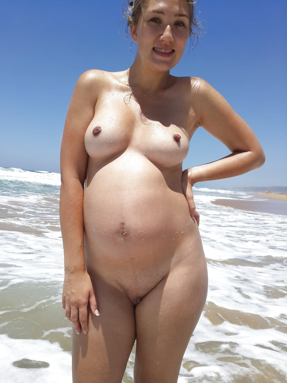 Pregnant Girls On The Nude Beach - 20 Fotos - Xhamstercom-4312