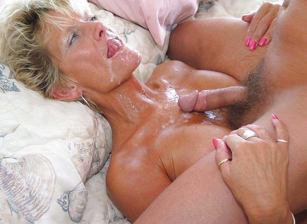 Mature porn natural hairy pussy