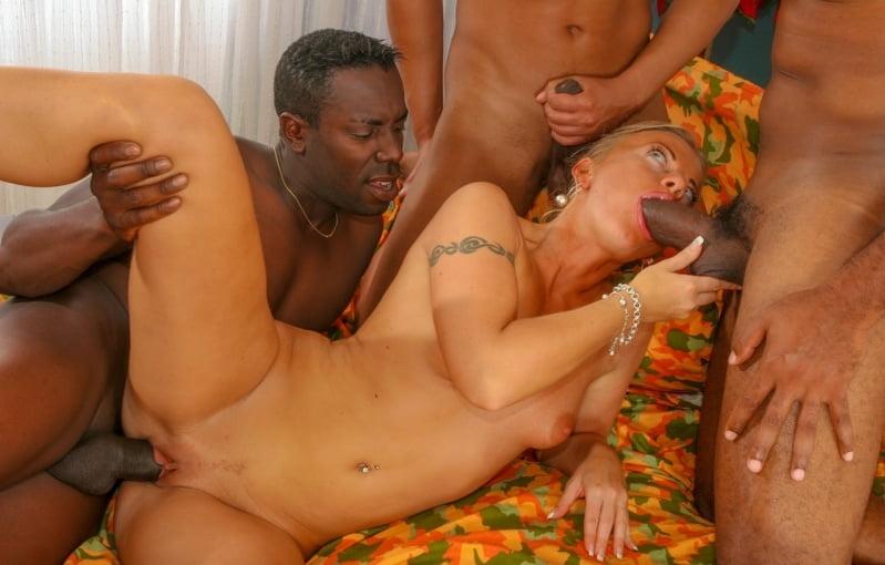 Лучше порно видео межнациональный секс фото