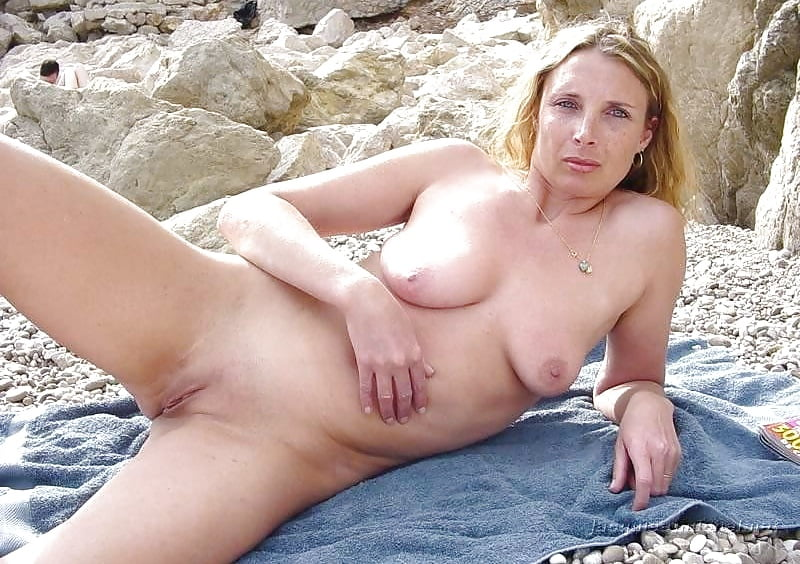 Free Mature Sex Beach Pictures