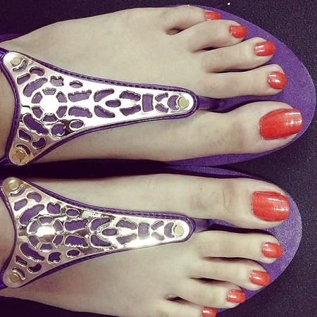 paki, indian, bengali, hijabi feet, toes and heels Part 1