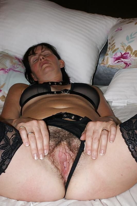Naked amature women