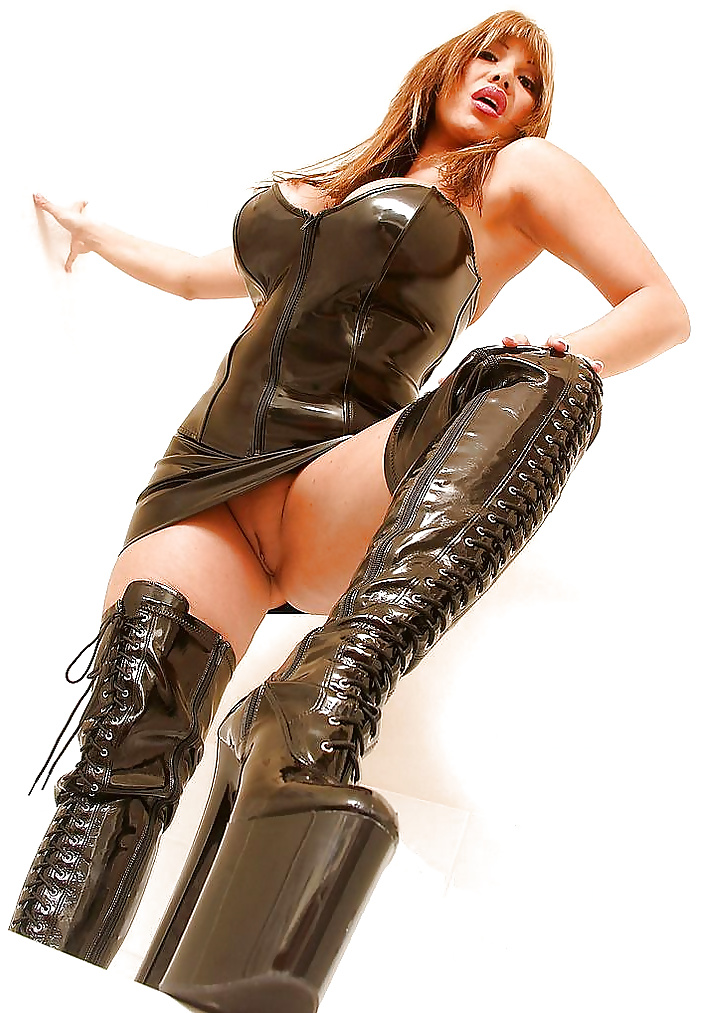 videos-of-sexy-women-in-boots