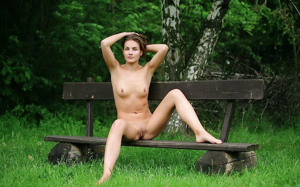Just nude lulu
