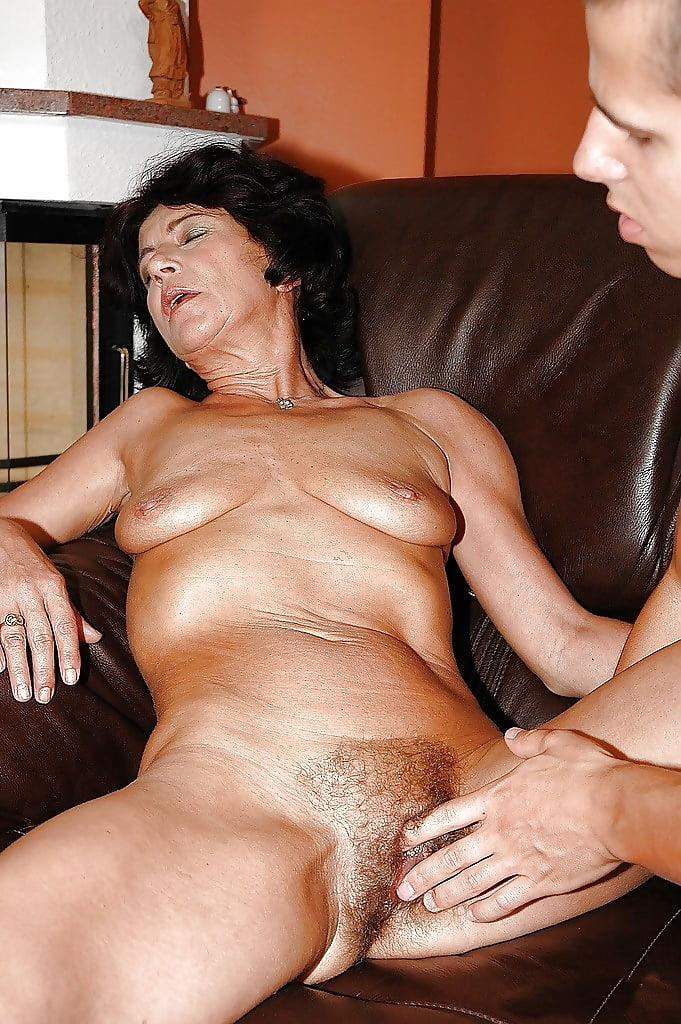 Hairy grandma andrea rides cock