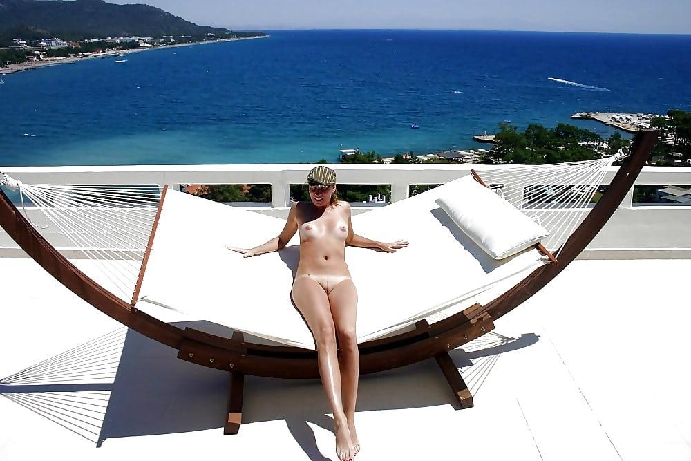 человеку интим фото с курорта дамы русском порно