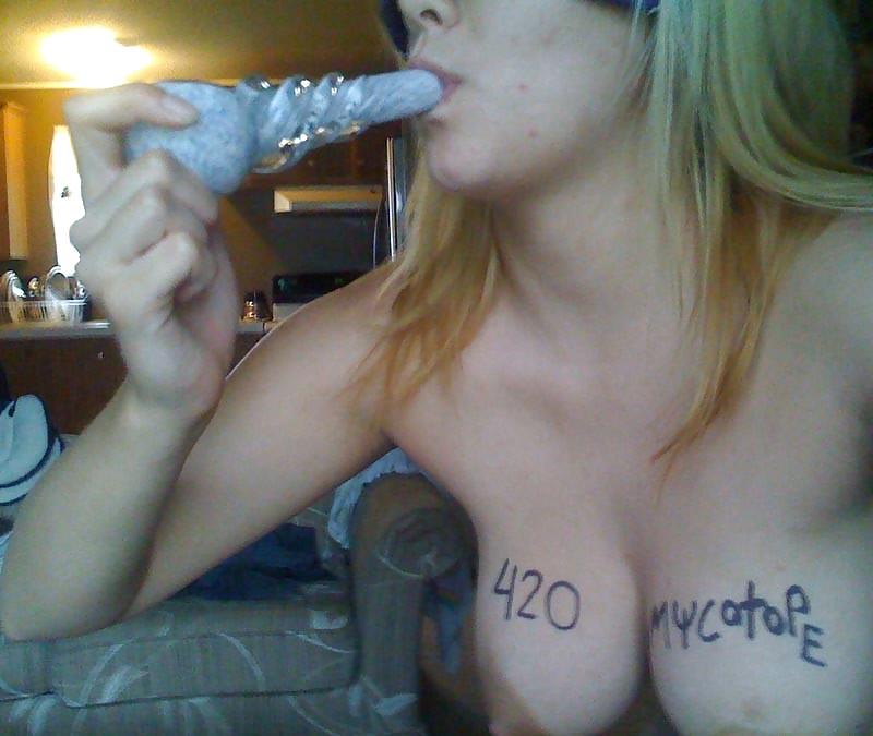 smoking-weed-porn-pics