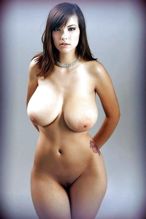 вскоре женские полные бедра обнаженные фото покрытая маслом