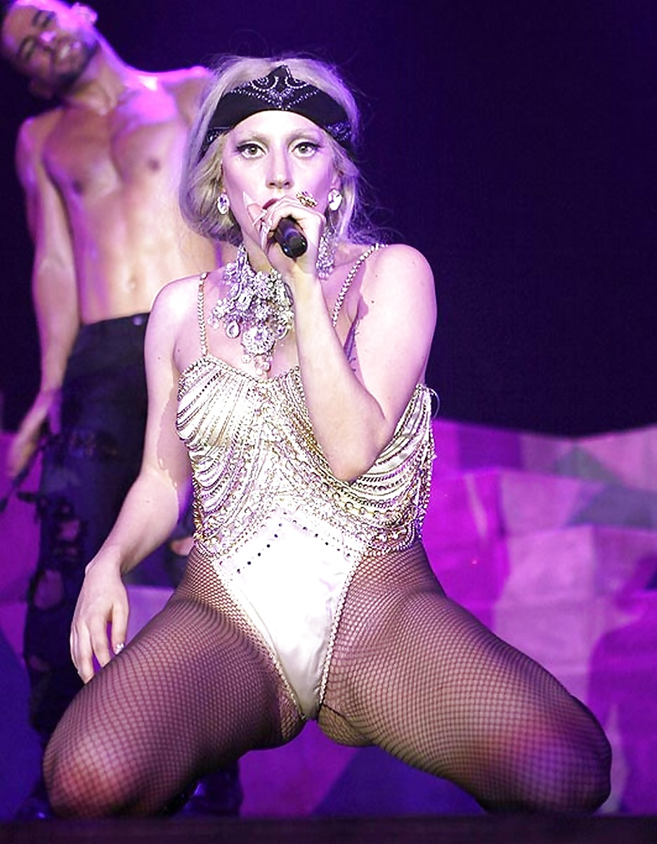 Lady Gaga Review A Uniquely Human Star In A Sea Of Conformity
