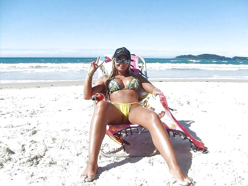 фото сексуальная развратная невеста на диком пляже малышку свой