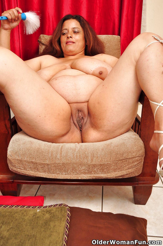 44 Year Old Bbw Milf Rosaly From Olderwomanfun - 15 Pics -2617