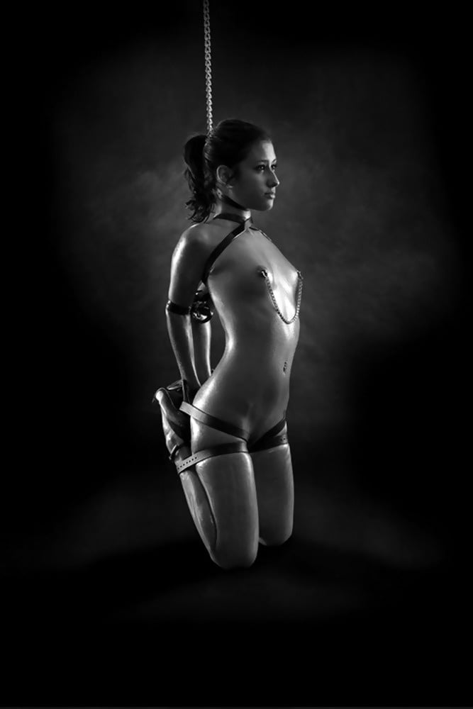 girls-bondage-hardcore-fuck-gallery