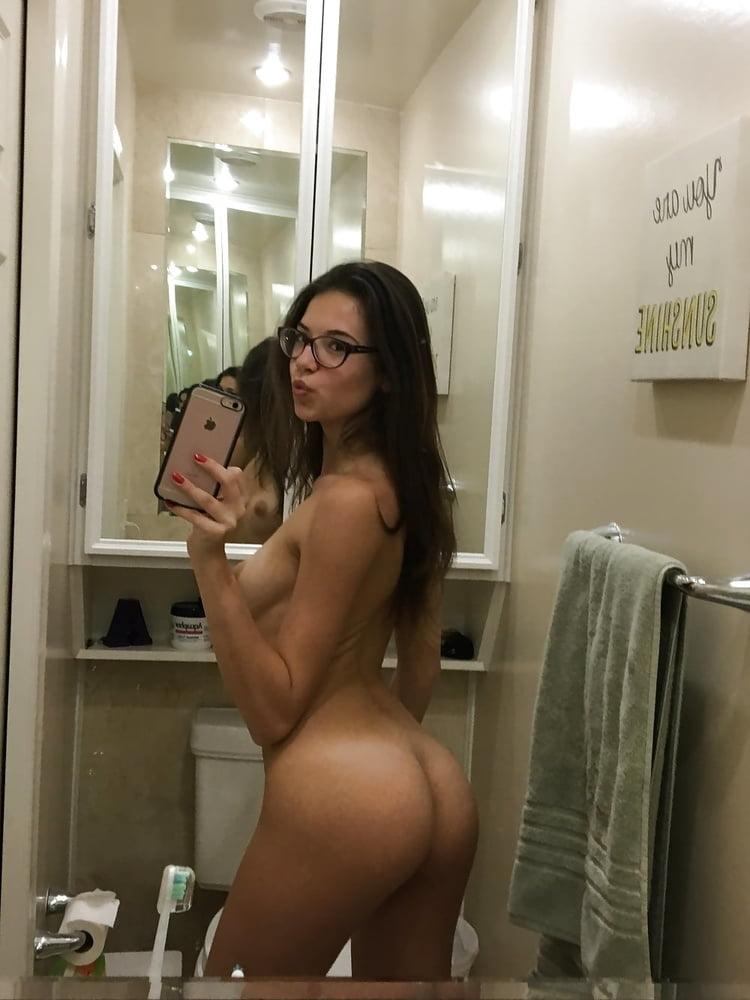self-shot-hot-naked-brunette-girls