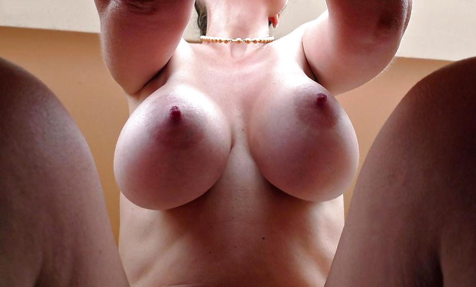 Big And Hard Nipples Pictures - 27 Pics  Xhamster-6836