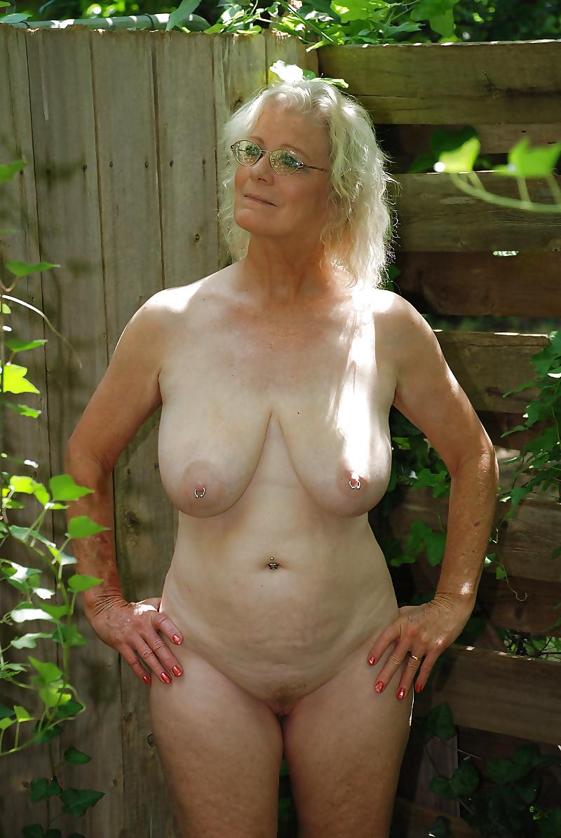 Naughty grandma is naked porn pics