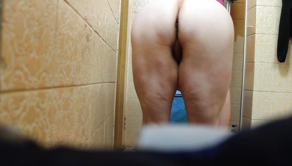My wife naked, hidden cam