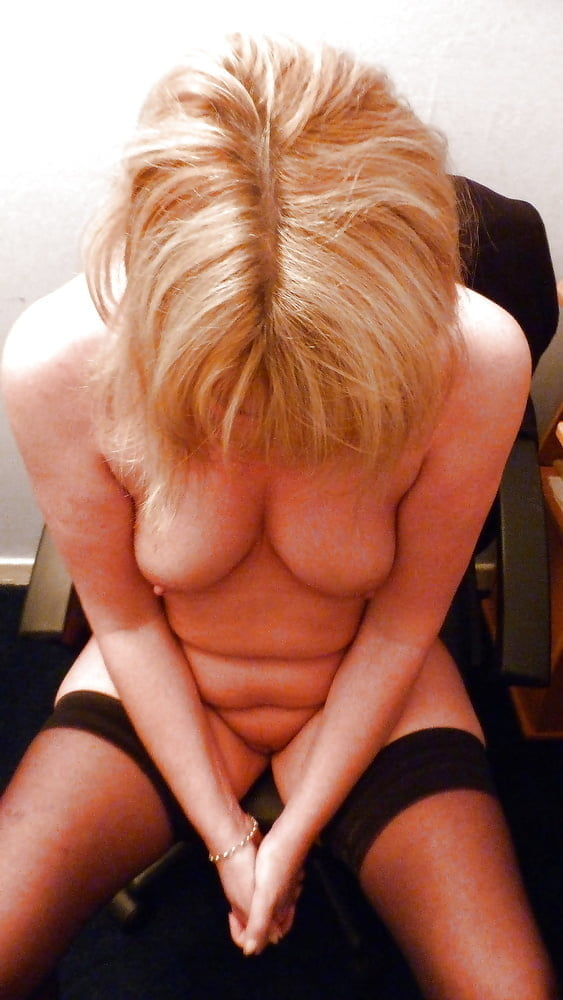 Real amateur moms nude #1