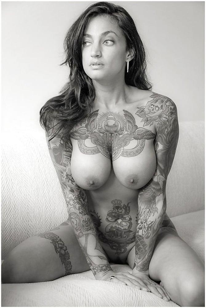 Big Tattoo Planet Pin Up, Boobs
