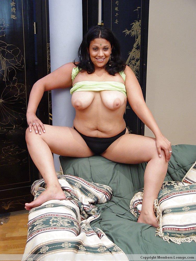 Nidhi bhanushali